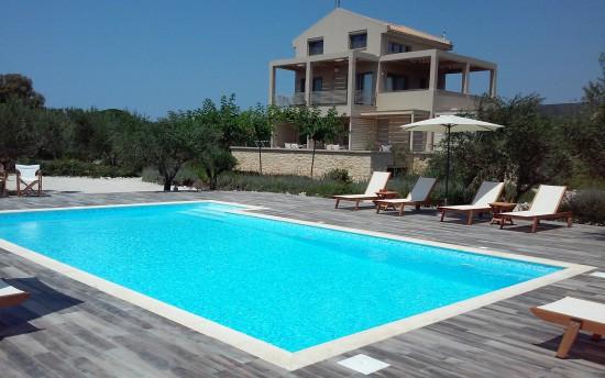 aelia-home-pool
